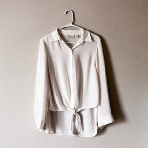 CHICO'S white button-down tie-front shirt